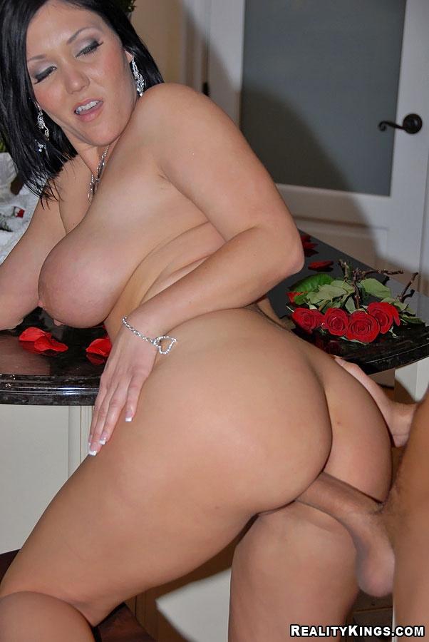 Allinternal cum filled billie star in steamy hot threesome - 2 7