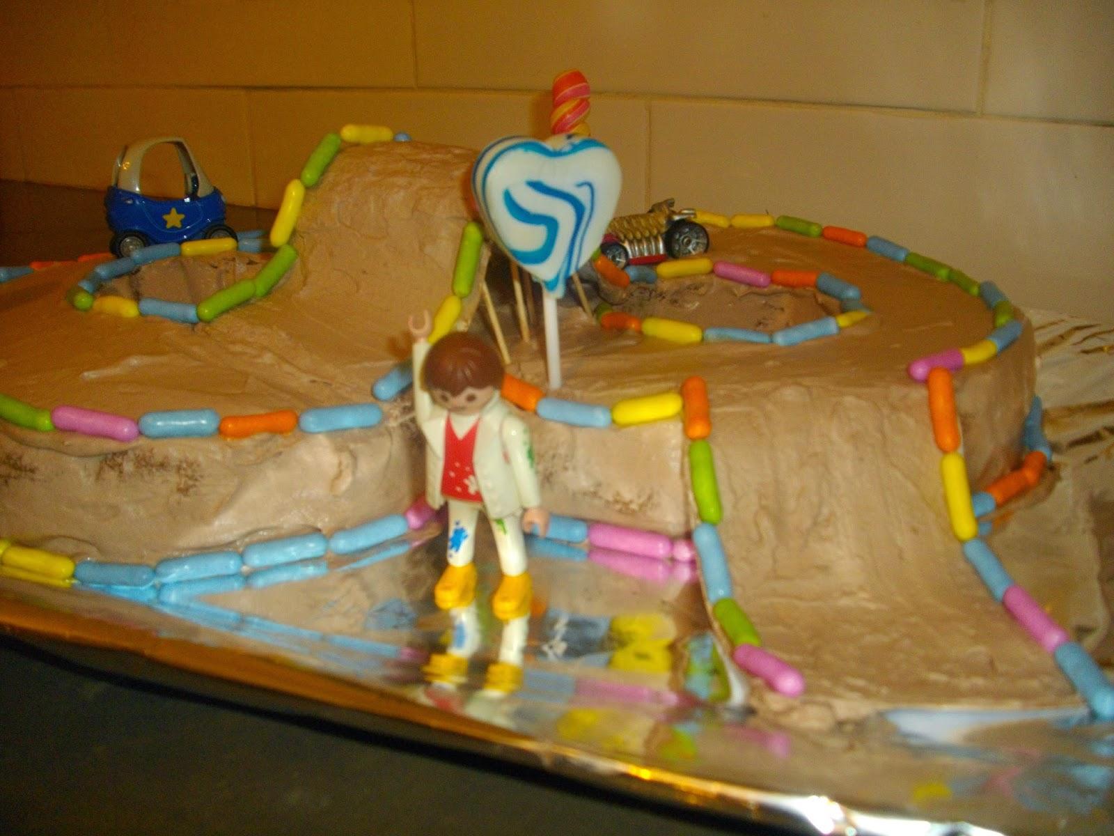 IMGP5069 - עוגת יומולדת מרוץ מכוניות