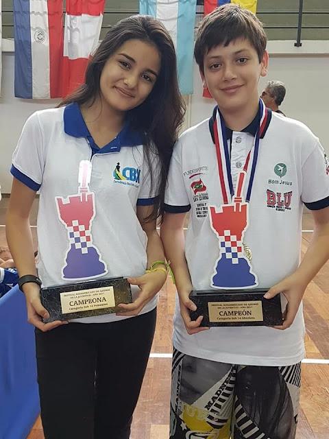Mariana Kikuchi é campeã sul-americana de Xadrez
