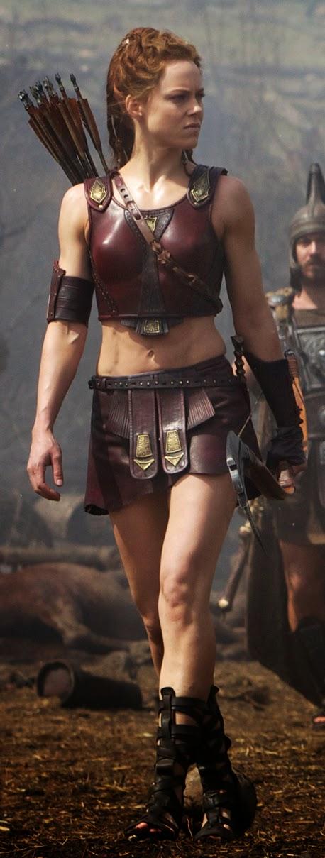 Foto de Atalanta no filme hércules, visando o figurino da personagem