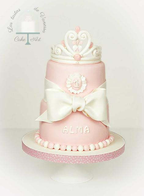 Tarta de fondant rosa princesa alicante
