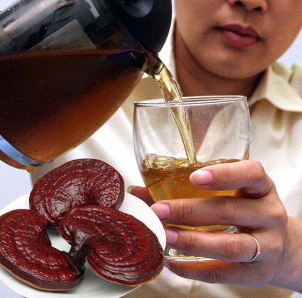 Trà nấm linh chi cải thiện hiệu quả bệnh cho người cao huyết áp
