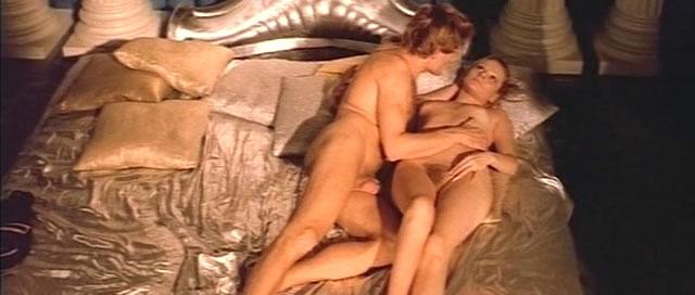 Эротический фильм молодой крутит роман со зрелой онлайн видео россия снять