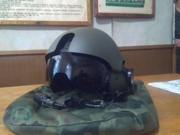 польські захисні авіаційні шоломи ТНL-5NV з окулярами нічного бачення РNL-3 Bielik