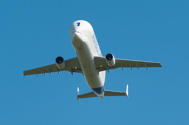Gambar Pesawat Airbus Beluga 09
