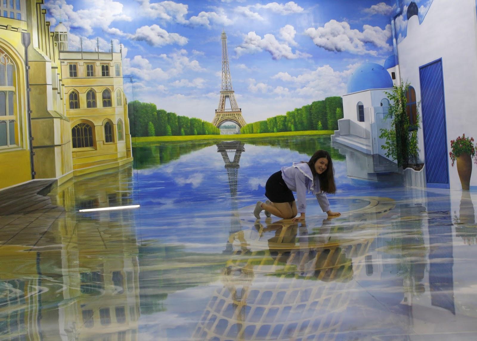 Tranh 3D là loại hình nghệ thuật ứng dụng nguyên lý xa gần, vẽ lên mặt phẳng như tường, trần, nền nhà, đổ bóng cùng những màu sơn đa chiều và độ ...