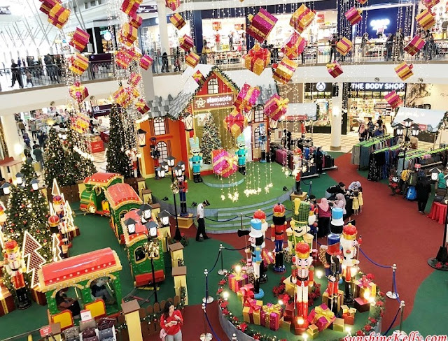 Family Activities, Alamanda Shopping Centre, Whimsical Christmas, Alamanda Shopping Mall, Christmas Decor, Holly Train Express, Nutcrackers, Shopping Mall Christmas Decor, Shopping Mall, Lifestyle