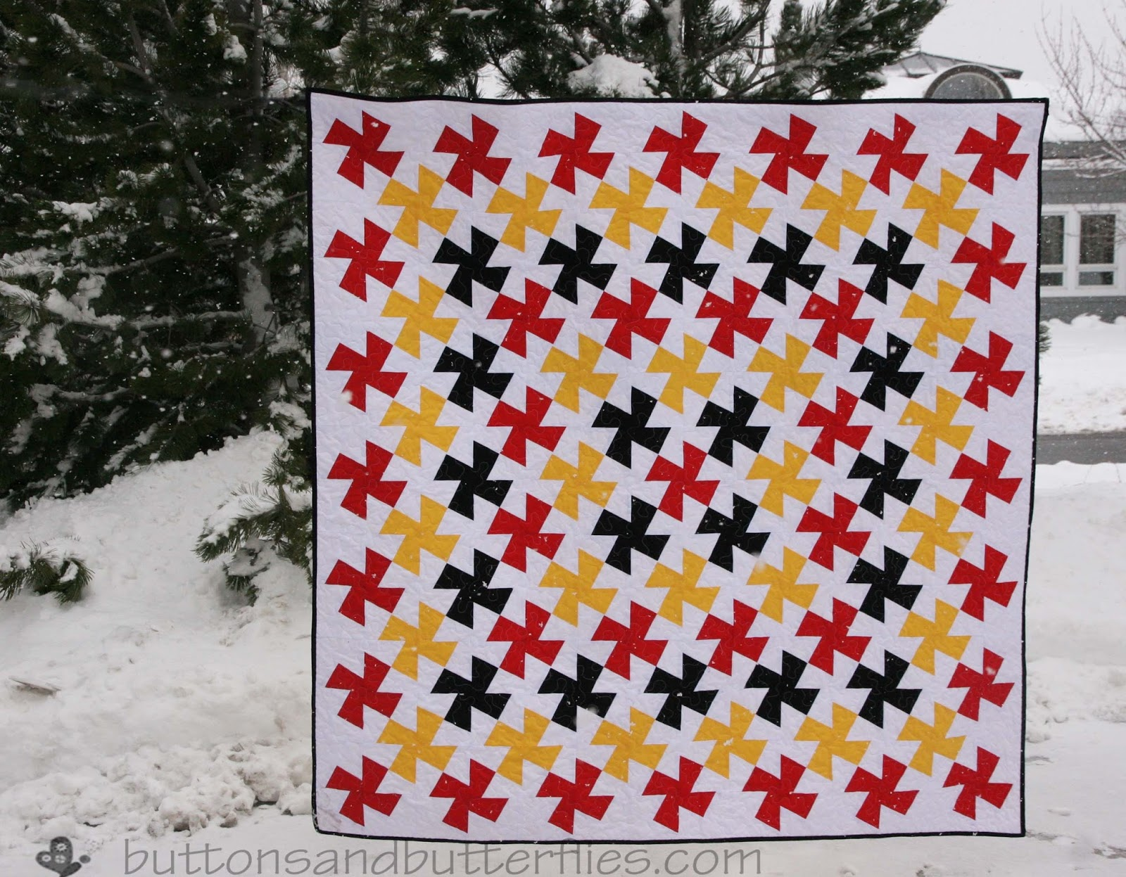 Buttons and Butterflies: Judge Pride Twister {Quilt}