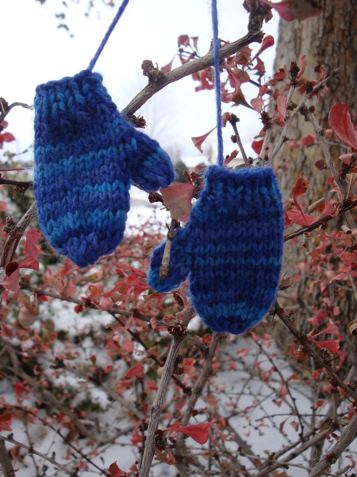 Kim S Knitting Korner Mini Mitten Ornament Free Pattern
