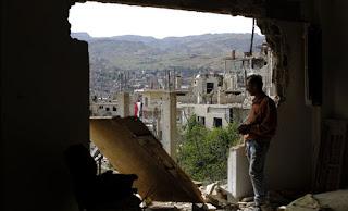 US-led coalition jets strike Syria militia threatening US-backed forces