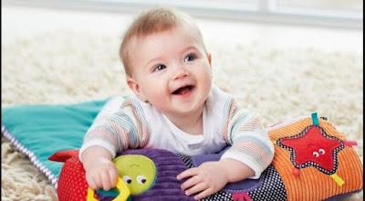 Bahasa Bayi Usia 8 Bulan