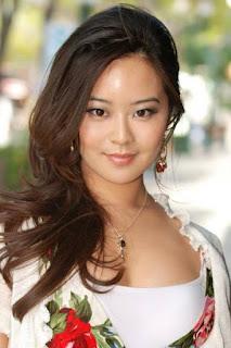 جوليا لينق (Julia Ling)، ممثلة أمريكية