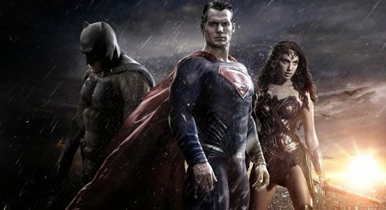 https://4.bp.blogspot.com/-w0bZ0lVdqgE/VvayBDXE9qI/AAAAAAAADcY/Kpu7B7y4fI8I-jaRTPNOQEPiqloOymqWw/s1600/Batman-v-Superman-01.png