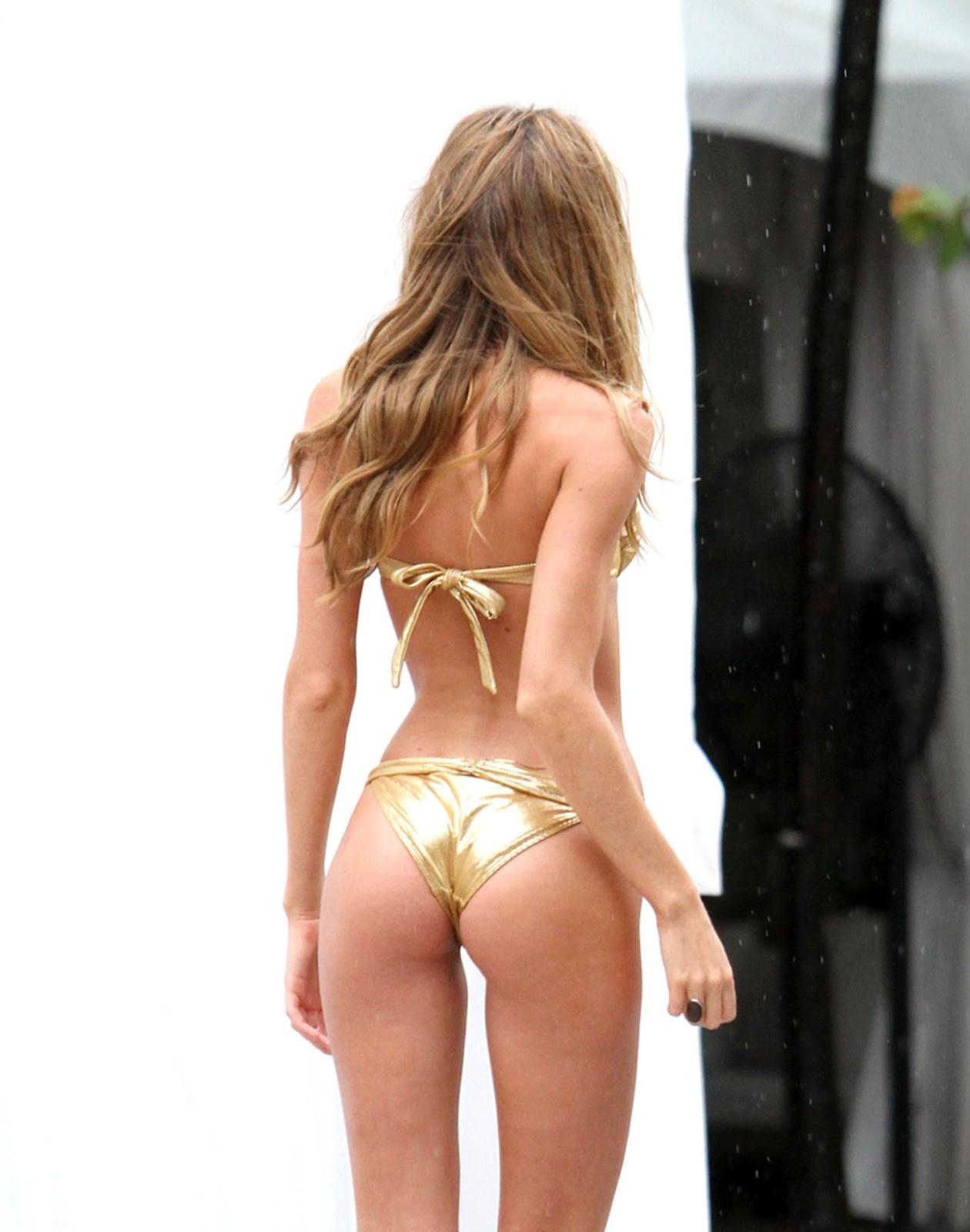 candice swanepoel gold bikini