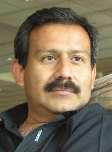 Hernando Calvo Ospina, periodista y escritor colombiano residente en Francia