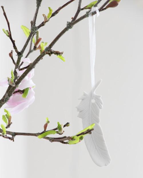 Frühling, Deko, Feder, Porzellan, filigran, Annette Diepolder, Magnolie