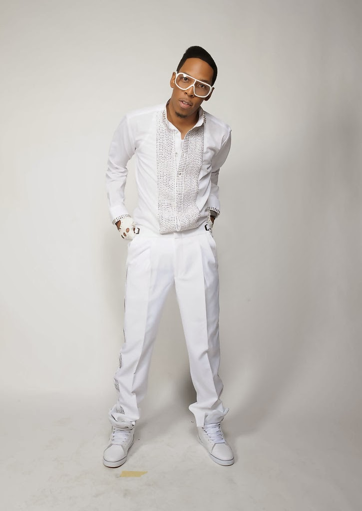 Deitrick Haddon - R.E.D. (Restoring Everything Damaged) Deluxe Version (2013) Biography and History