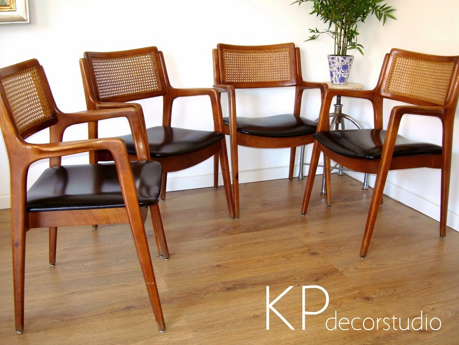 Comprar conjunto de sillas danés estilo escandinavo.