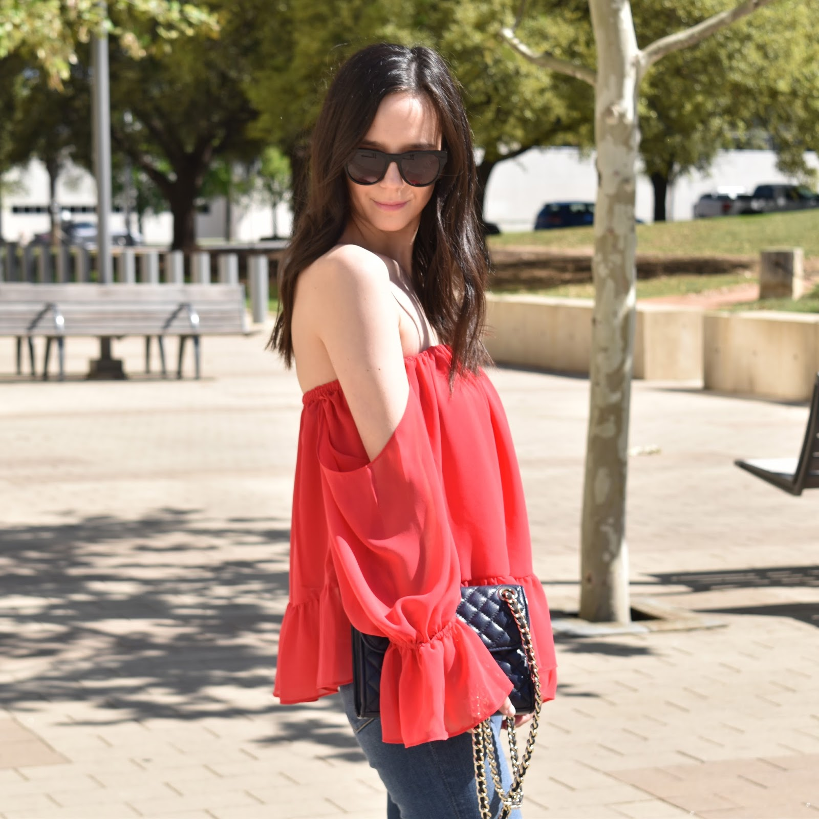 Tbags Off-the-Shoulder Ruffled Top