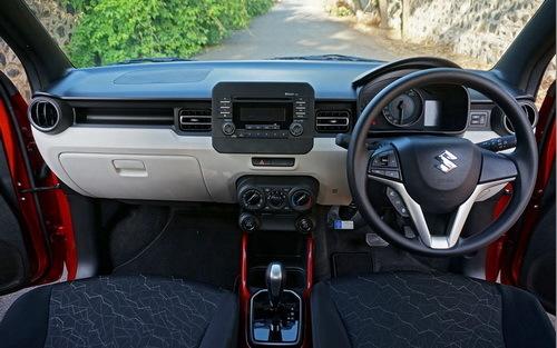 Perbandingan Interior Suzuki Ignis vs Hyundai Grand i10