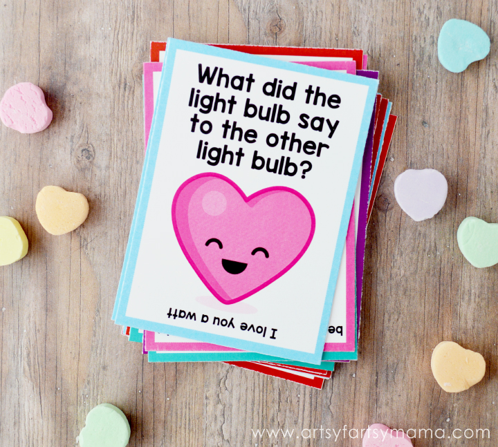 Free Printable Valentine Lunch Box Jokes at artsyfartsymama.com