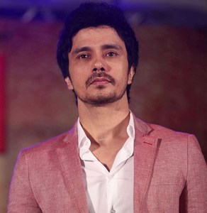 Darshan Kumar Playing role of Lawyer