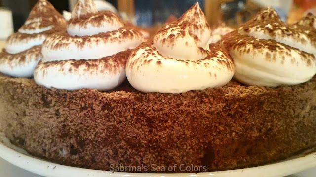 Entremet_de_tres_chocolates_al_café