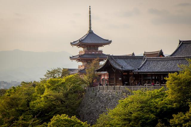 Kyoto Japonia, Honeymoon, Miesiąc miodowy, Pakowanie do wyjazdu, Planowanie miesiąca miodowego, Planowanie ślubu, Podróże poślubne, Pomysły na Miesiąc miodowy, ślubne pomysły na wyjazd