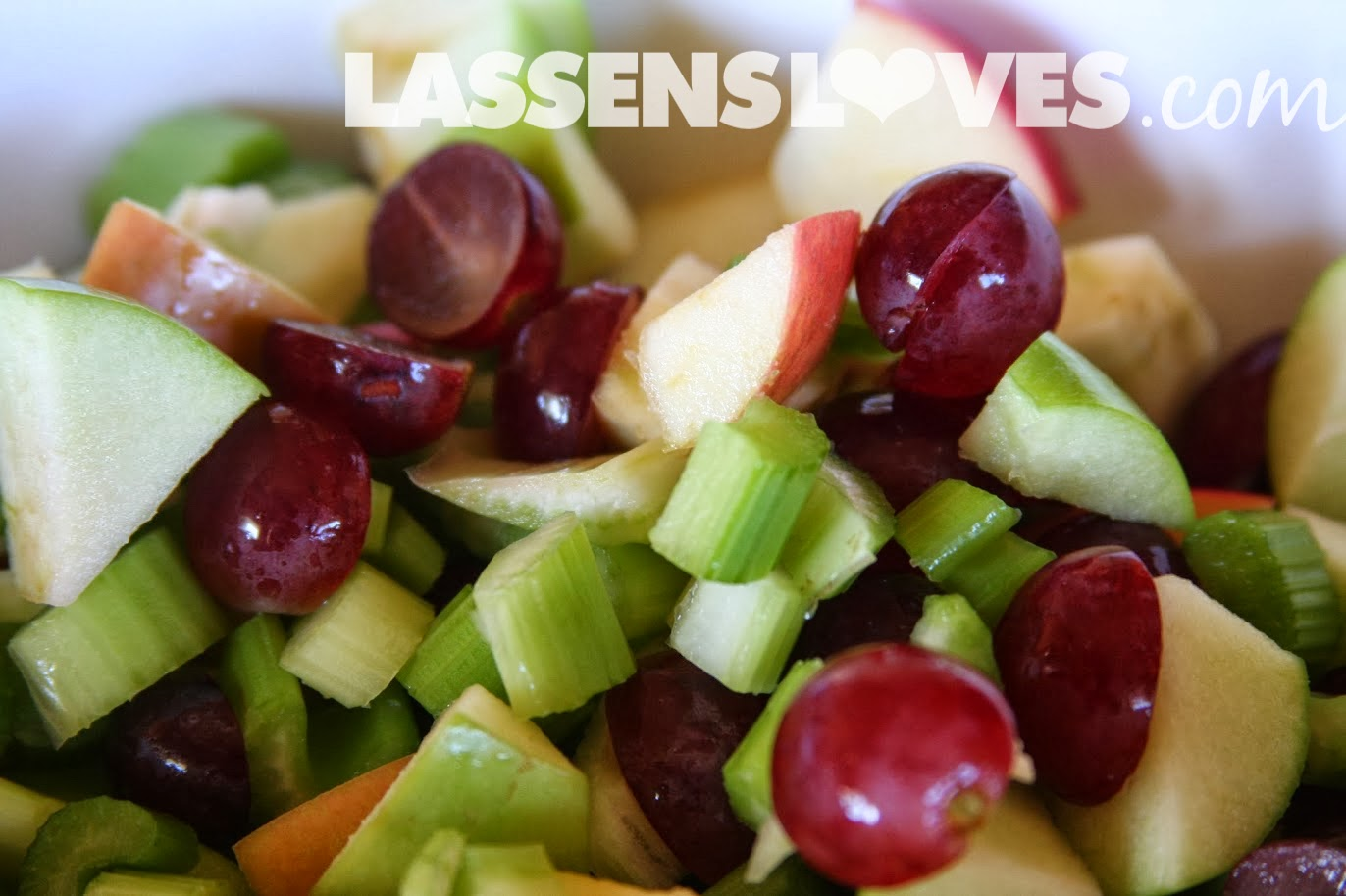 lassensloves.com, Lassen's, Lassens, waldorf salad, grapes, apples, salad