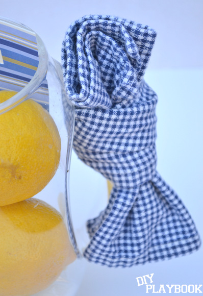 Gift for a Summer BBQ: Apply the checkered napkin | DIY Playbook