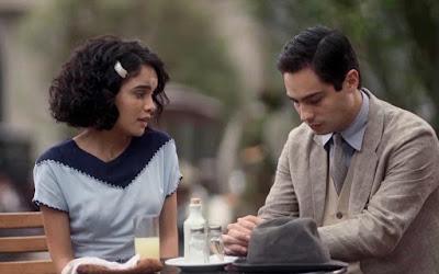 Em 'Éramos Seis', Inês (Carol Macedo) e Carlos (Danilo Mesquita) viveram amor de infância — Foto: Globo
