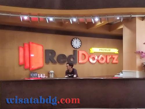 RedDoorz Premium Bandung