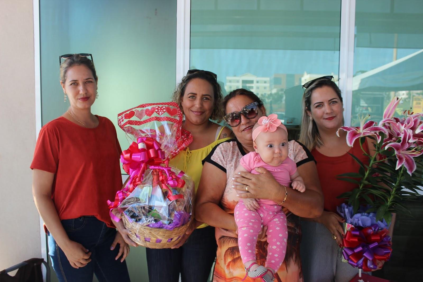 IMG 3670 - Dia 12 de maio dia das Mães no Jardins Mangueiral foi com muta diverção e alegria com um lindo café da manha