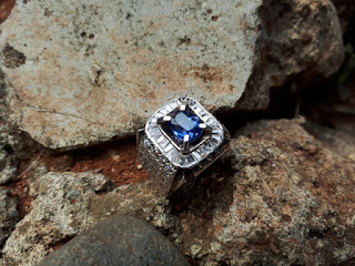 Natural Blue Safir Similiar To Royal Blue No Heat SF014 Memo Big Lab