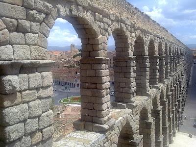 Patrimonio de la Humanidad en Europa y América del Norte. España. Casco antiguo y acueducto de Segovia.