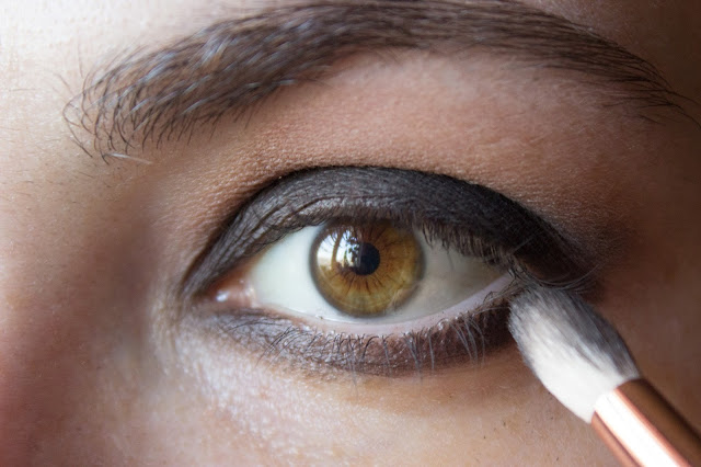 fast matte smoky eyes: step 6