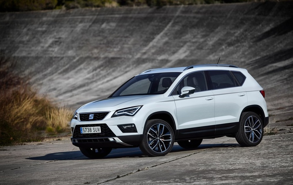 "To SEAT Ateca στέφεται ""Best Buy Car of Europe in 2017"""