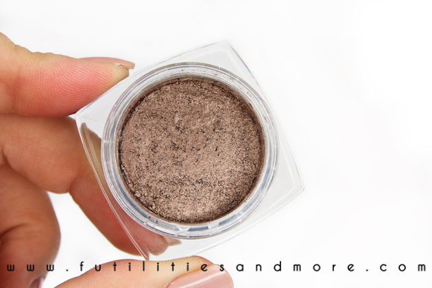L'Oreal Infallible Eyeshadow Bronzed Taupe – Review and Swatch
