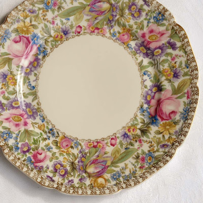 Rosenthal pattern Garden Caprice with scalloped edge by Selep Imaging