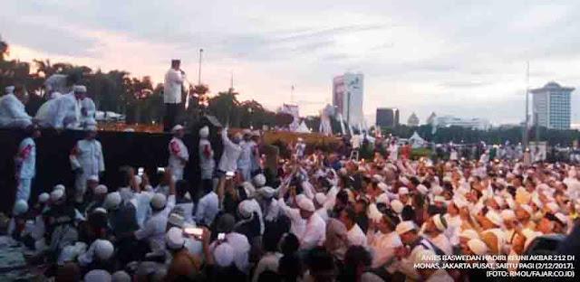 Reuni 212 Sukses, Anies Bersinar, Jokowi Gigit Jari
