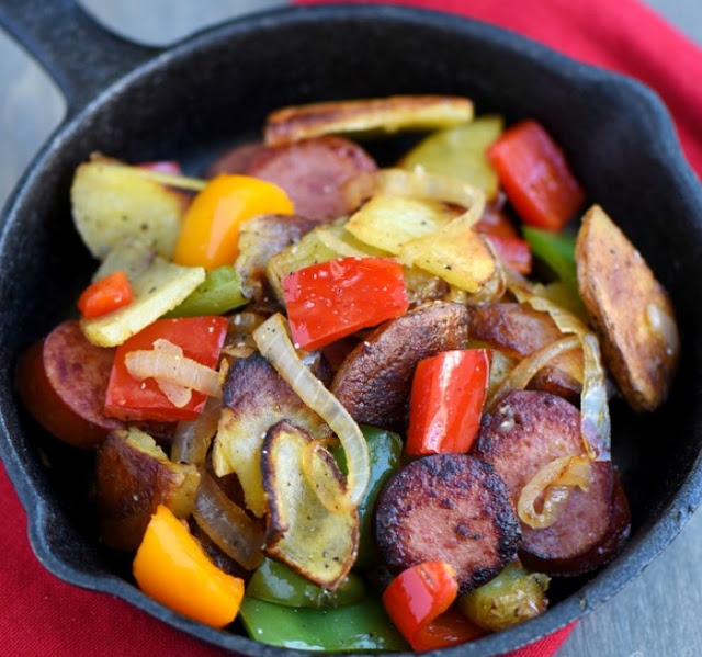Kielbasa, Peppers, and Potato Hash #quick #dinner