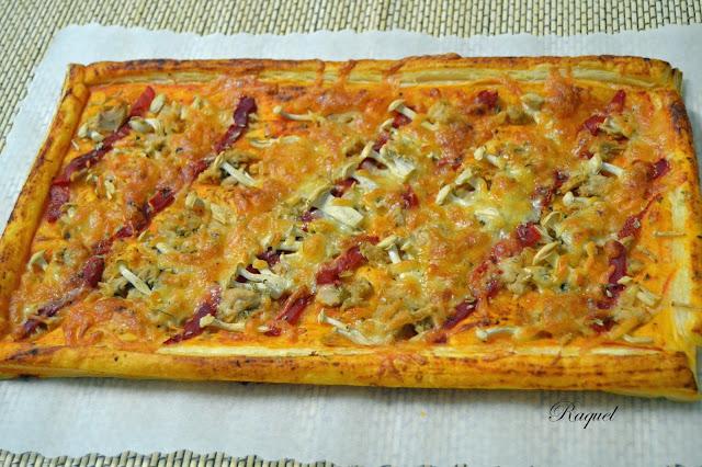 Pizza De Hojaldre Con Atún Y Setas Shimeji