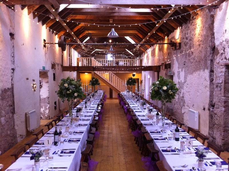 Country Girls Wedding Finds.......: Barn Venues in Scotland