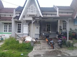 Rp.600 Jt DIjual Rumah Lagi renovasi terima rapih di victoria sentul city (code :419)