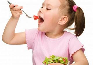 Penting !! Kenali Pola Makan Sehat Pada Anak