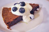 Σοκολατένιο κέικ χωρίς γλουτένη by https://syntages-faghtwn.blogspot.gr