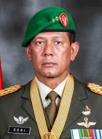 Letnan Jenderal TNI Doni Monardo adalah seorang perwira tinggi TNI Profil Letjen Doni Monardo - Kepala Badan Nasional Penanggulangan Bencana