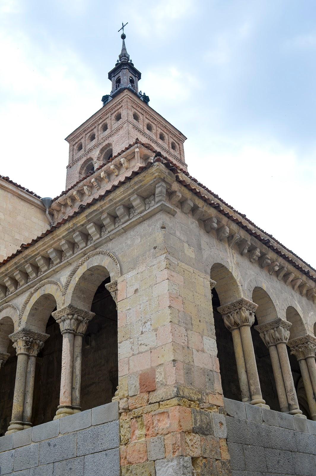 segovia spain travel guide weekend romanesque