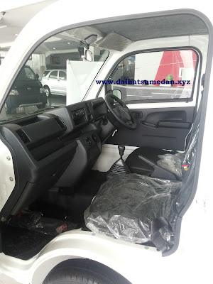 Interior Daihatsu Hi-Max