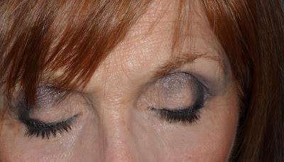 Imagen look Smokin 3 ojos cerrados
